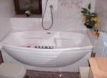 1° P. Bagno con Jacuzzi (particolare vasca)